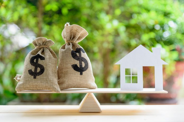 Home Equity Line of Credit HELOC Explaining Full Guide What It Is