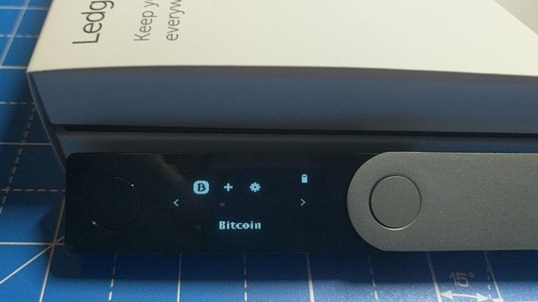 The Ledger Nano X can store up to 100 apps simultaneously