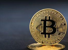Bitcoin price drops 2k