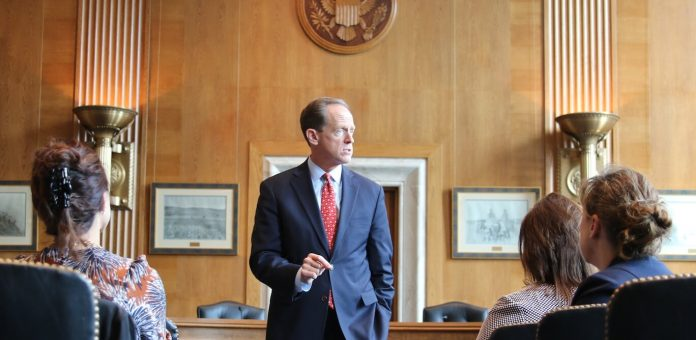U.S. senator Pat Toomey has called out Gary Gensler the present chairman of the U.S. Securities and Exchange Commission SEC.